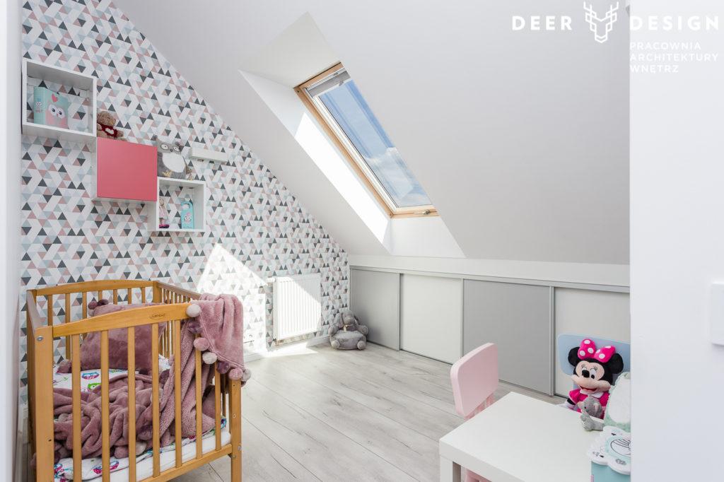 Jak zaaranżować pokój dziecka według reguł Montessori